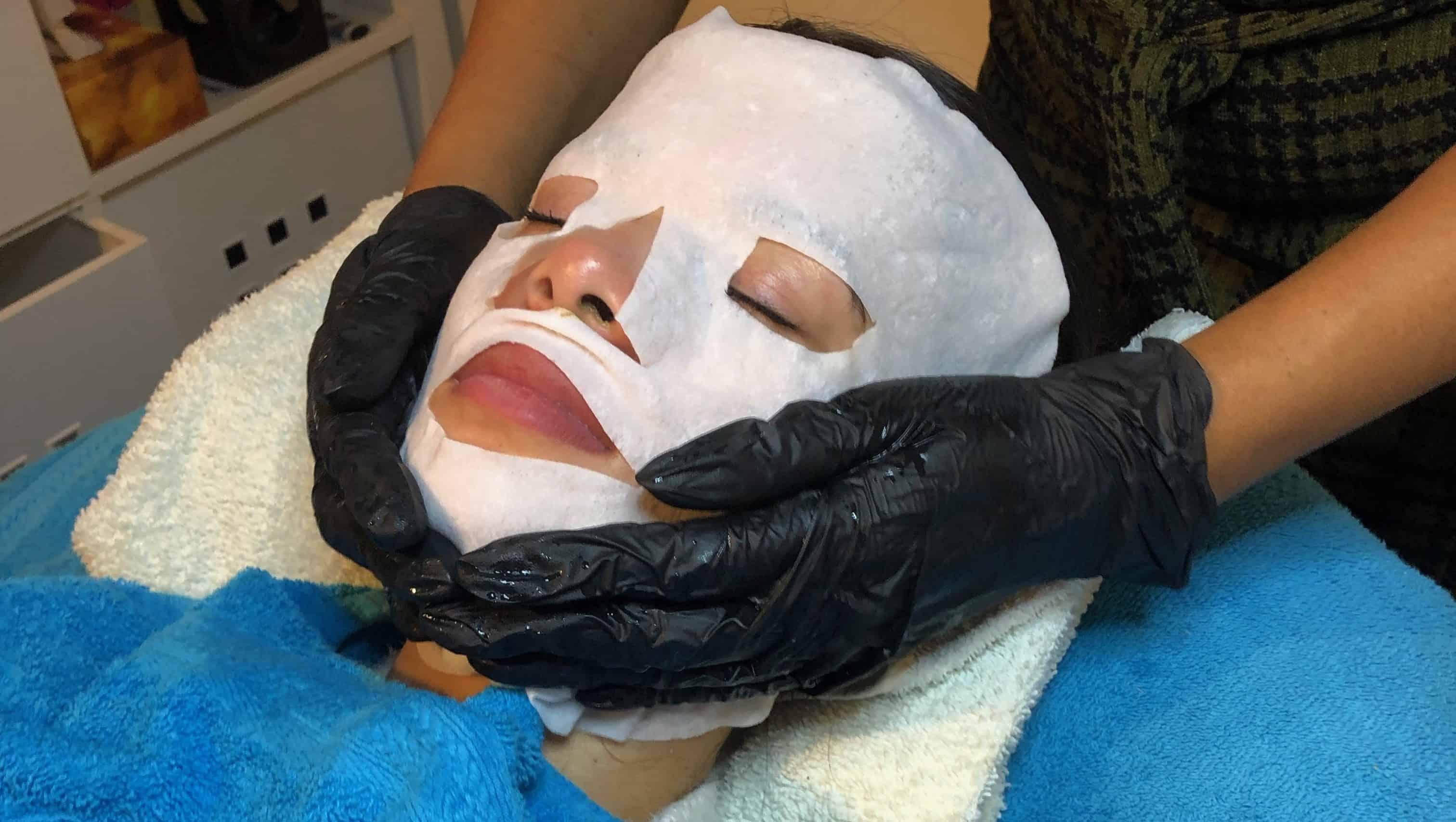 luxe gezichtsbehandeling en pedicure by mosfox